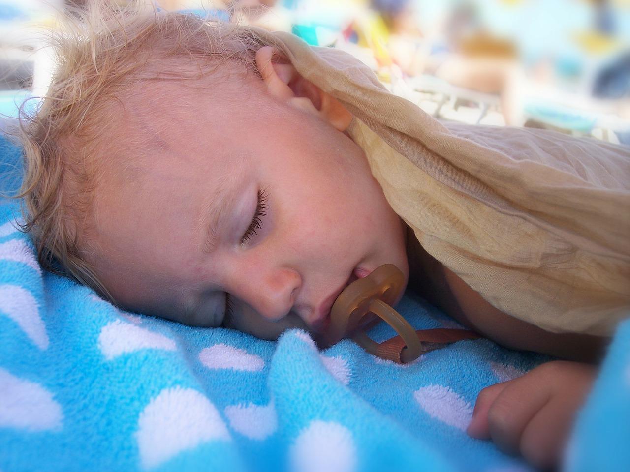 Потливость у детей – это не всегда патология
