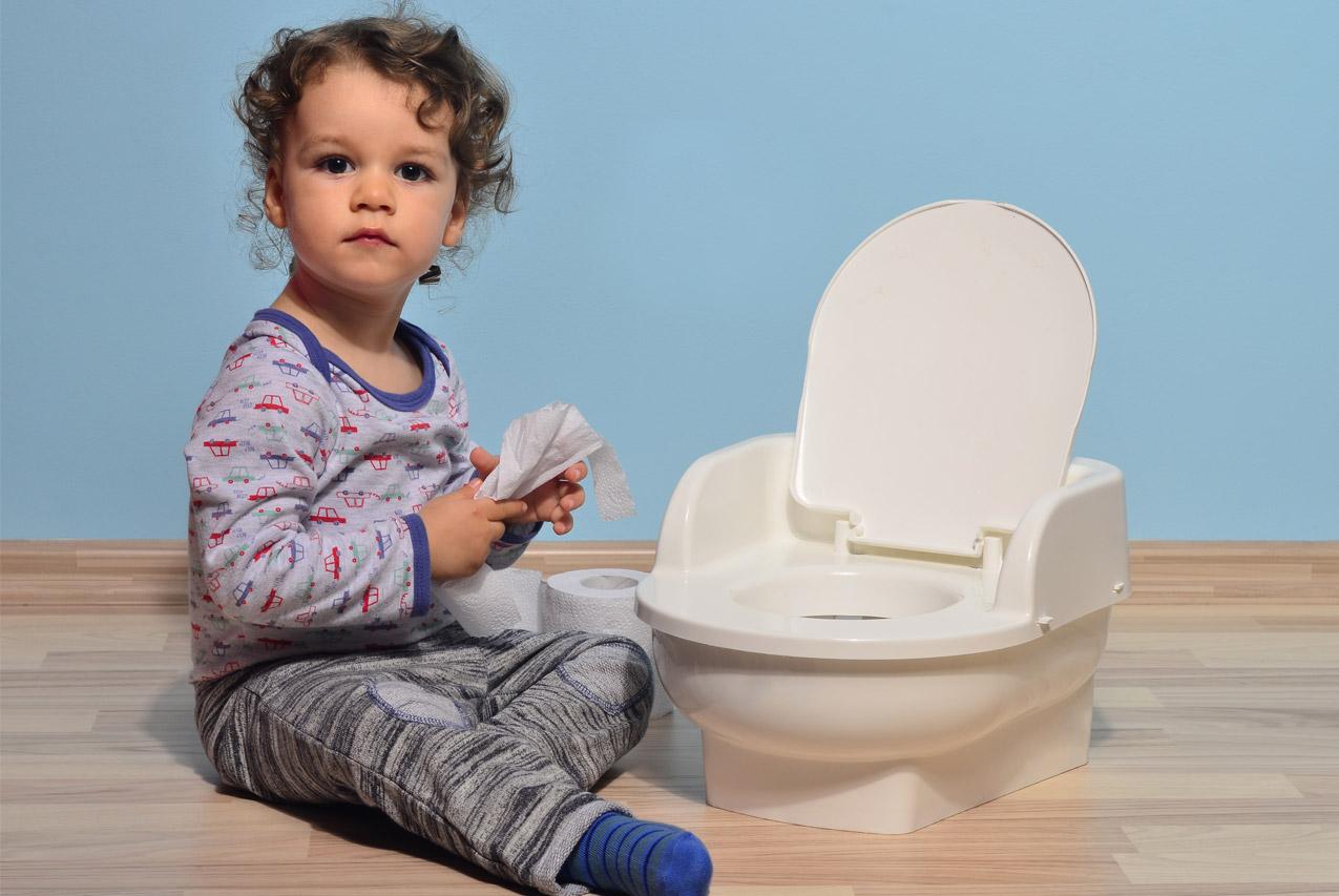 Ребенок хочет в туалет, но не может написать