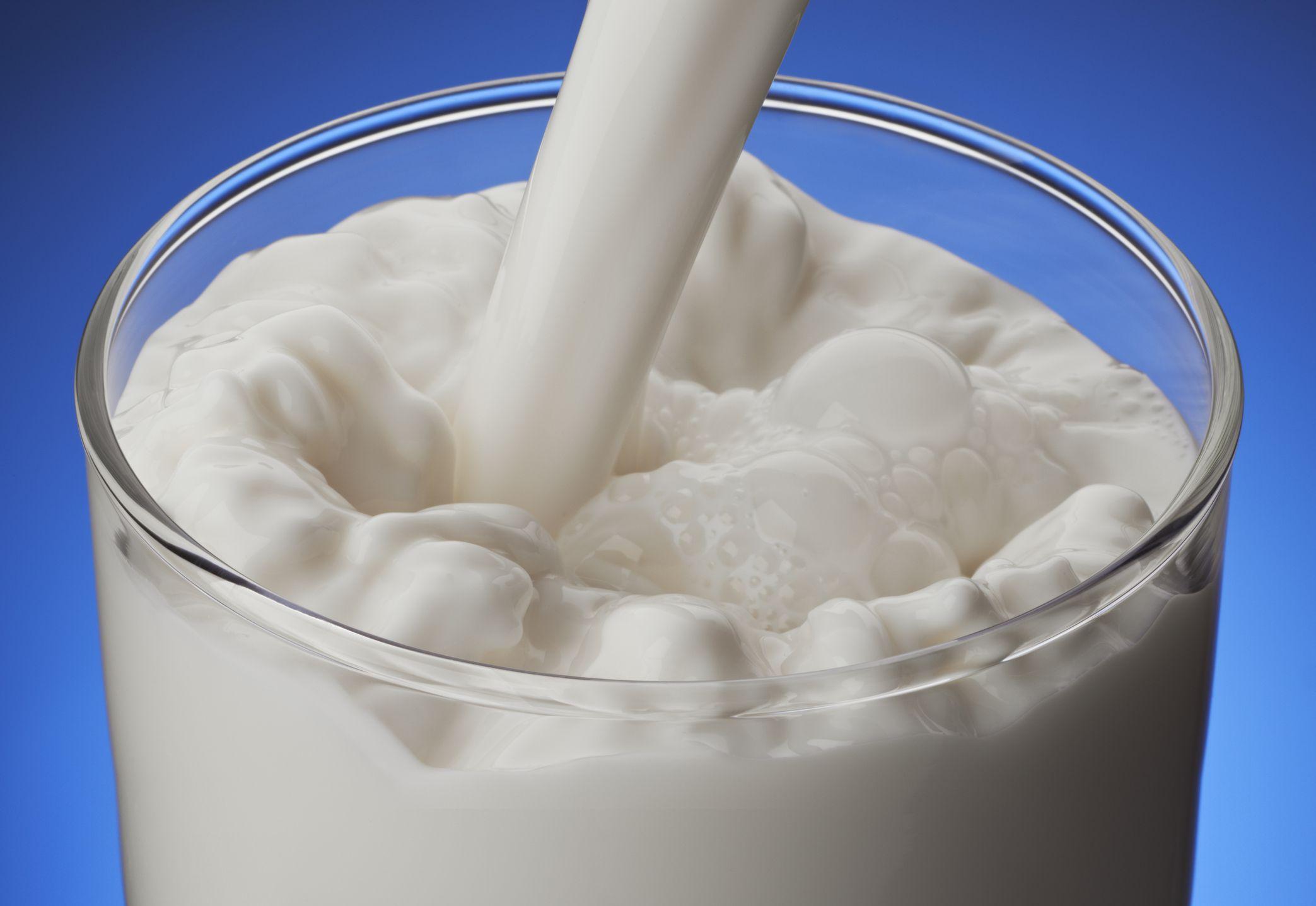 Лактоза содержится в молоке