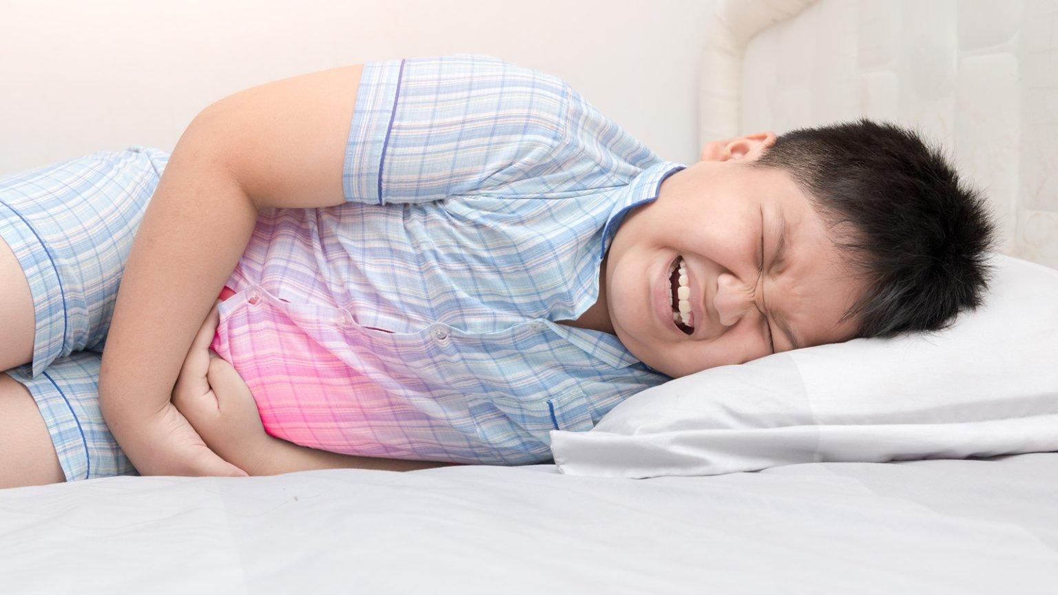 Причины болей в боку могут иметь физиологический и функциональный характер