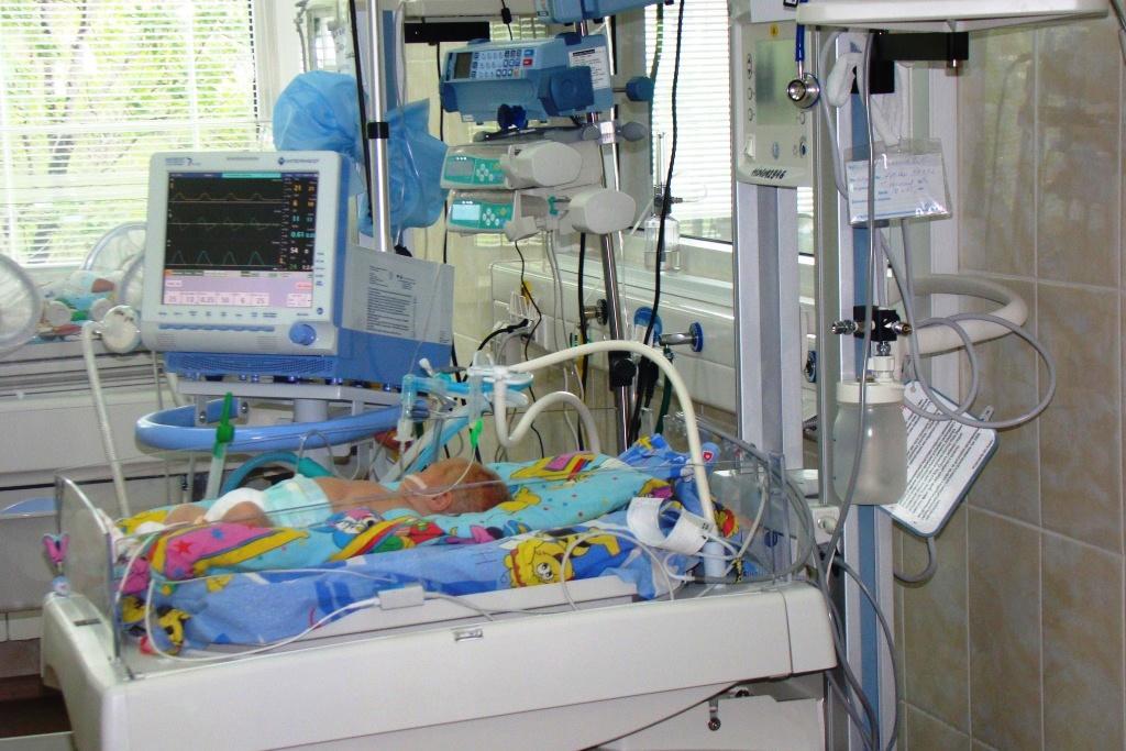 В реанимации нуждаются недоношенные и больные дети