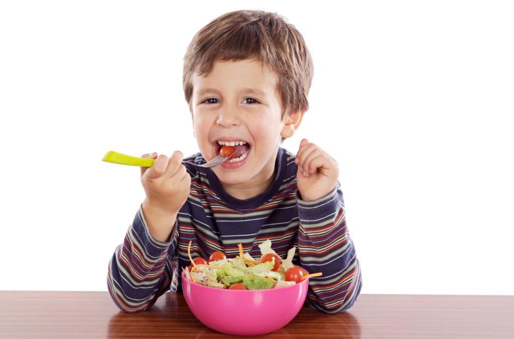 Полезнее всего сезонные фрукты, растущие на родине малыша