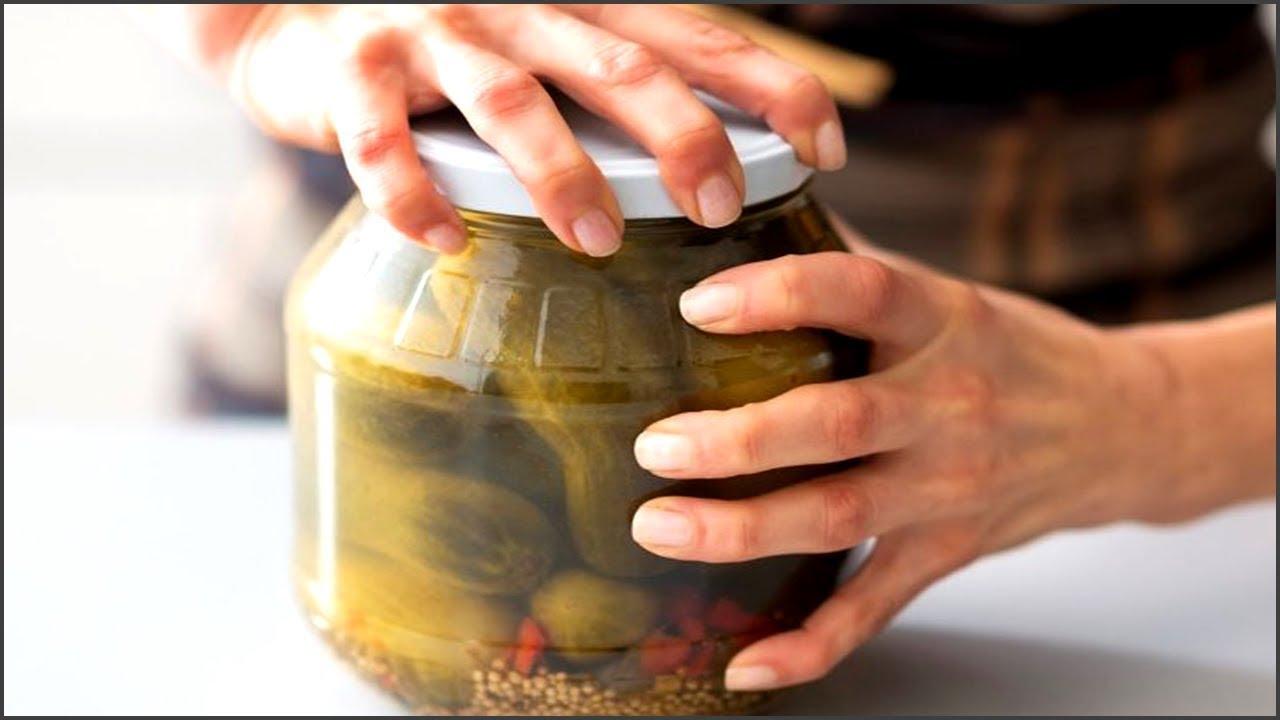 Домашнее консервирование нередко приводит к отравлению организма ботулотоксином