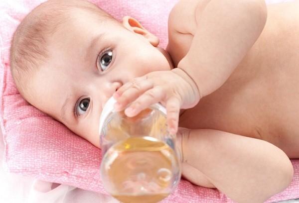 Фиточай в рационе младенца
