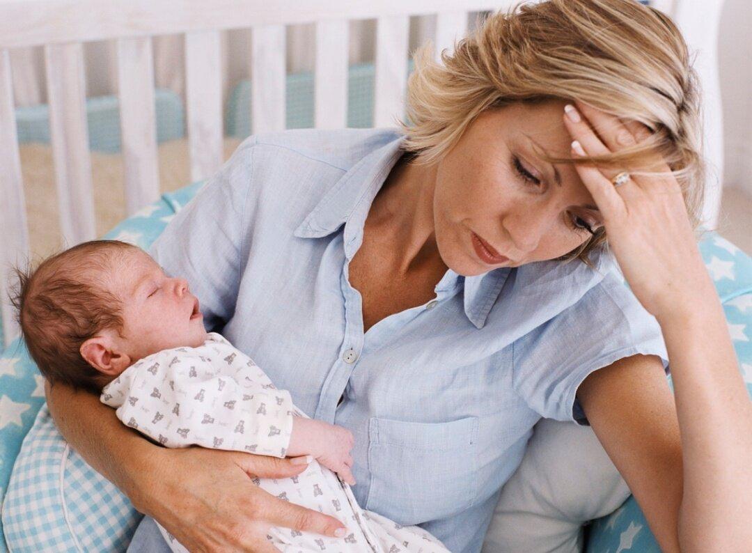 Депрессия мамы влияет на грудничка