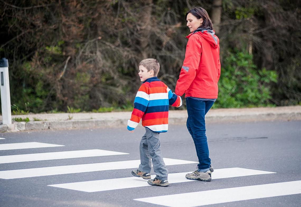 Важно, чтобы ребенок больше времени проводил на улице
