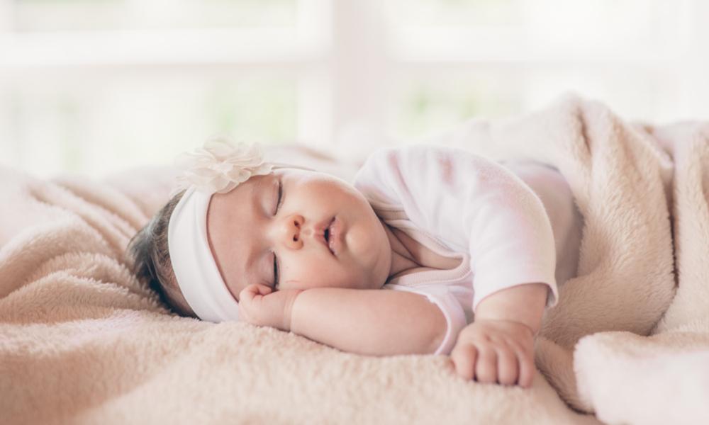 Малыш не просыпается от резкого звука