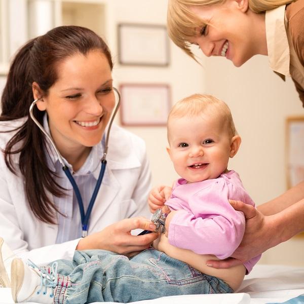 Ребенок у врача