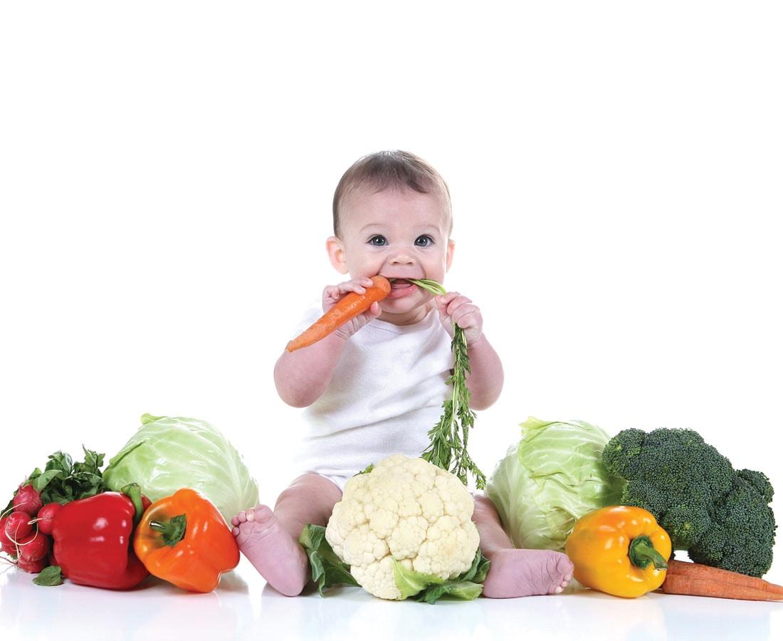 Важно ребенка приучать к личной гигиене и правильному питанию