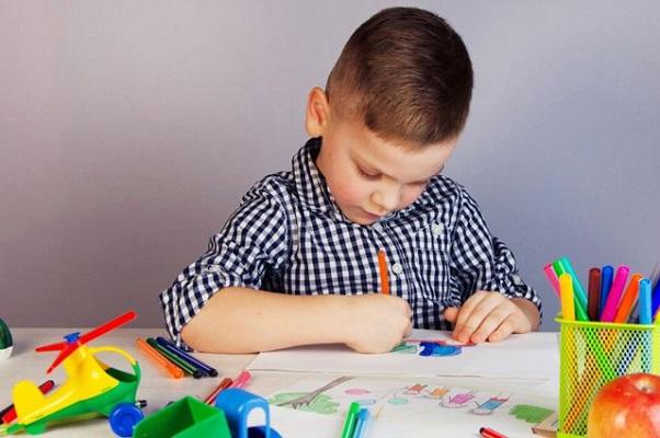 Рисование – отличный способ отражения ребенком окружающей жизни