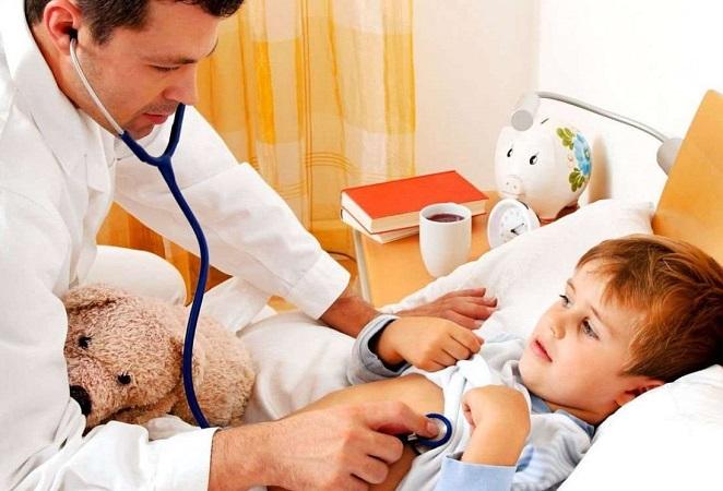 Отраженная боль в животе у ребенка может быть вызвана пневмонией