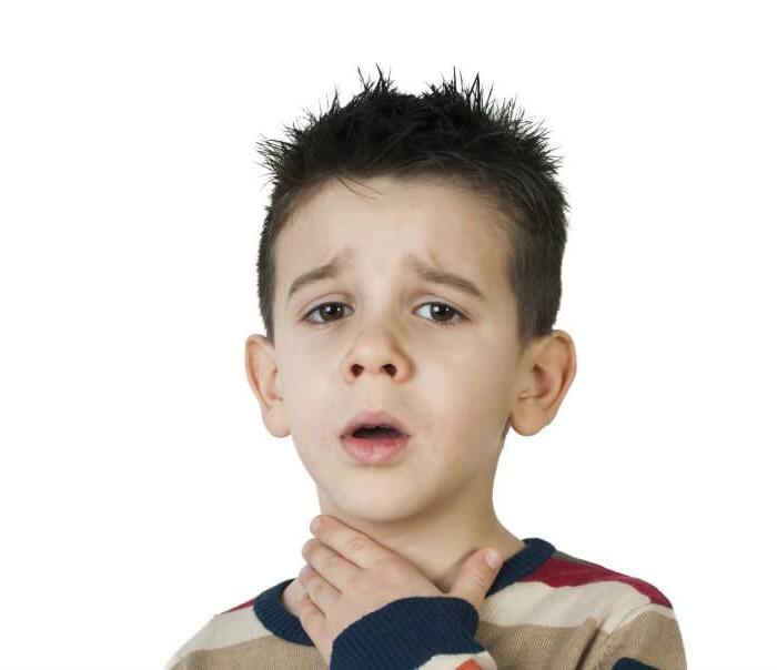 Ангина – проблема, с которой сталкивается большинство детишек