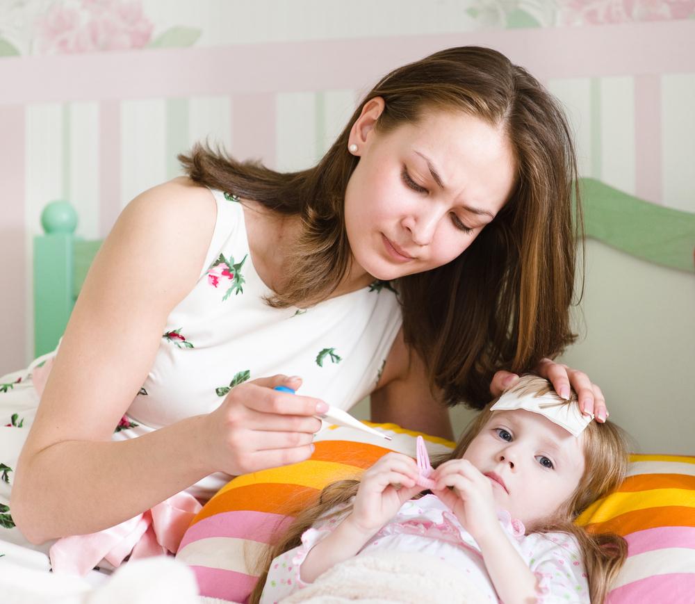 Жар у ребенка – это всегда показание к вызову медиков