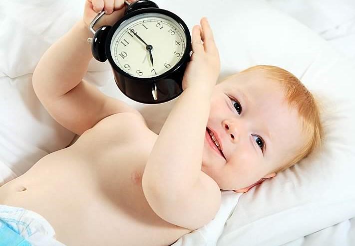 Потребность ребенка во сне зависит от его самочувствия и биологических ритмов