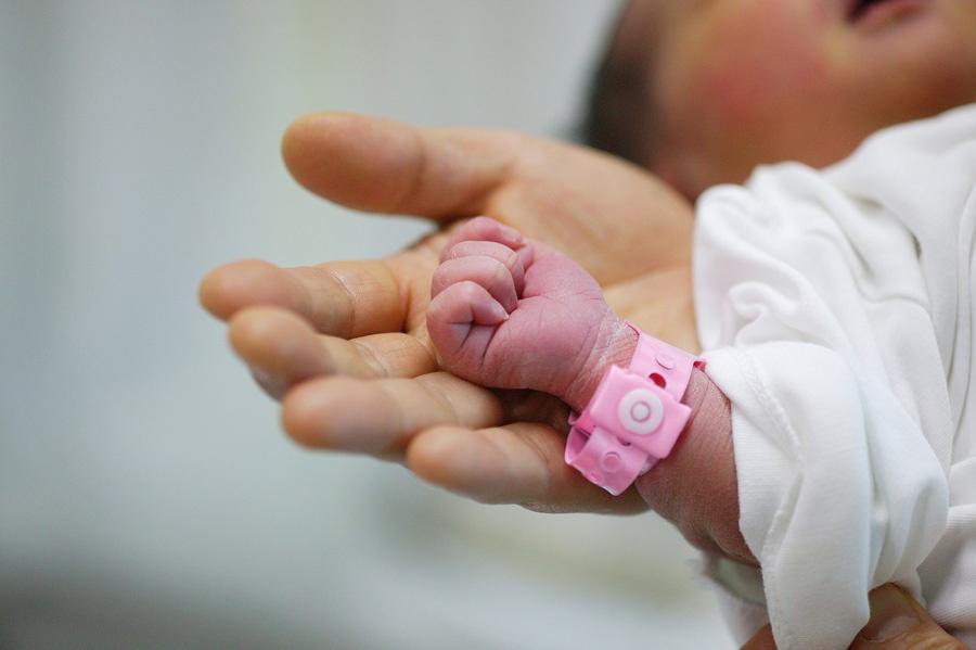 Новорожденный в роддоме