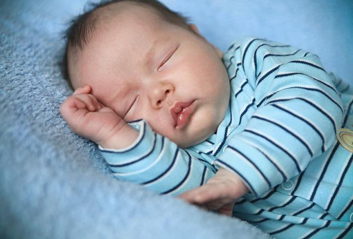 Новорожденным нужен крепкий и здоровый сон
